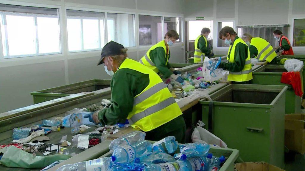Cum se recicleaza plasticul?
